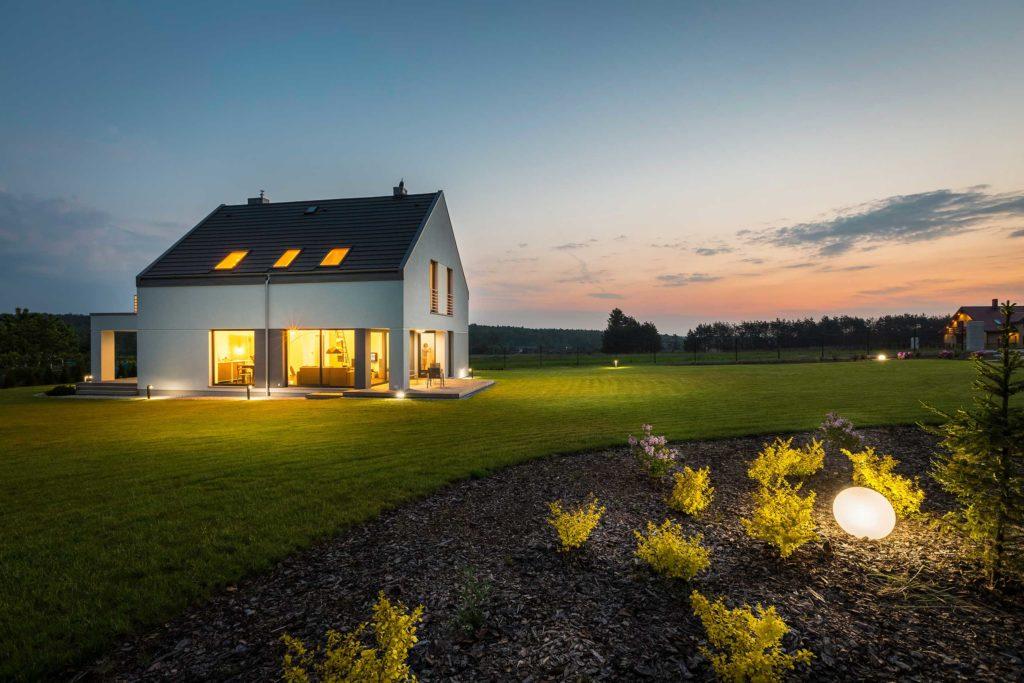 Haus mit Gartenfläche